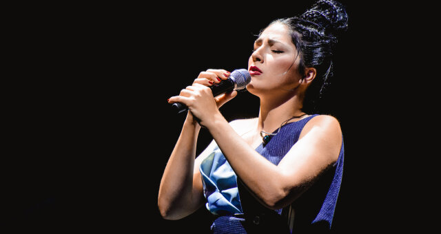 Лаура Марти, певица, откровения