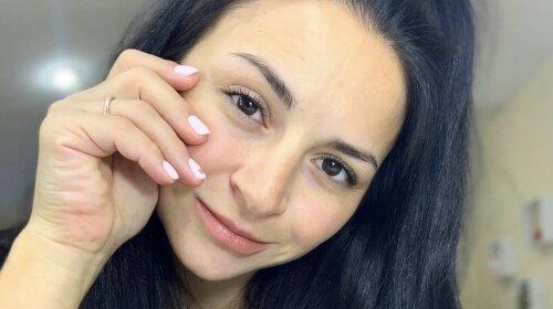 «Начала сцеживать молоко»: недавно родившая Илона Гвоздева призналась, как бореться с симптомами коронавируса – ЭКСКЛЮЗИВ