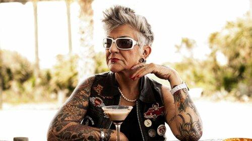 Татушки для старенької: новий тренд на татуювання, який сподобається навіть твоєї бабусі