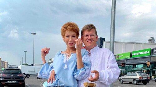 «Незграбно, як всі чоловіки»: депутат Павло Розенко зробив пропозицію Олені-Крістіні Лебідь - закохані щасливі