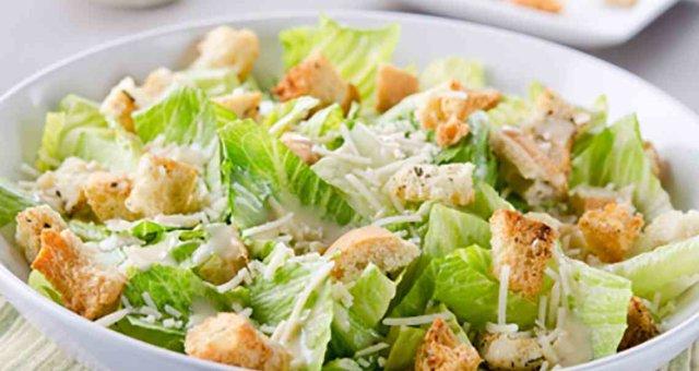 Caesar salad classic