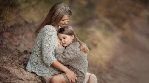 Принять смерть или биться до конца: история женщины, дочь которой умерла от рака