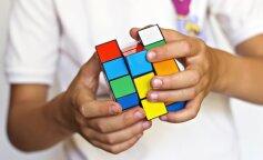 Юний українець вміє збирати кубик Рубіка в рекордно короткий час