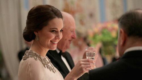 Як завжди виглядати по-королівськи: основні секрети бездоганного стилю Кейт Міддлтон