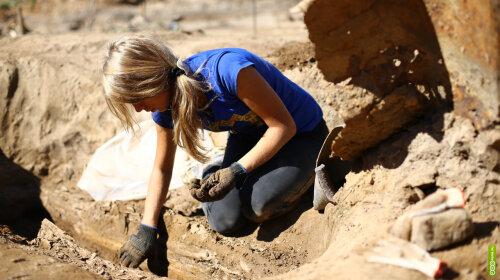 археологи виявили останки людини, що жила 100 тисяч років назад
