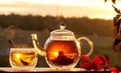 Медики рассказали, какие продукты никогда нельзя есть с чаем