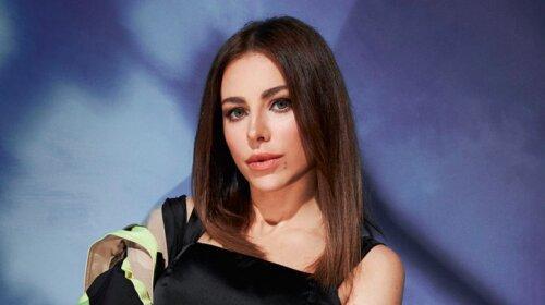 співачка, Ані Лорак, приїзд до Києва, суперечки в мережі