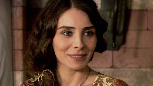 """Без макияжа выглядит еще лучше: самая красивая султанша из """"Великолепного века"""" показала честное фото"""