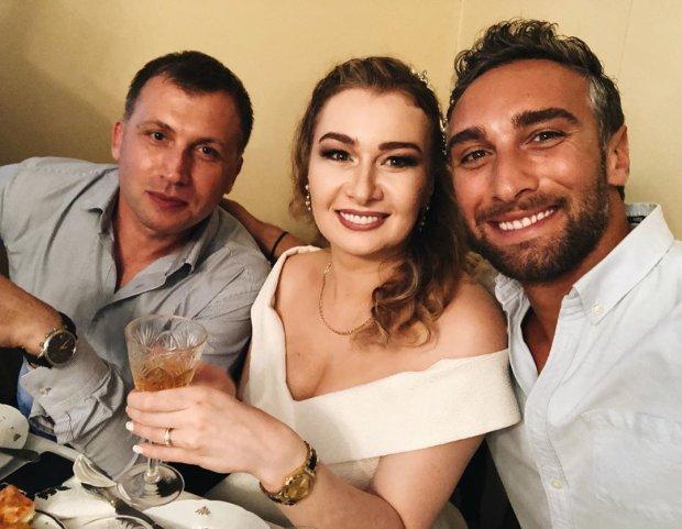 Экс-Холостяк Иракли Макацария показал красотку-невесту: люблю тебя