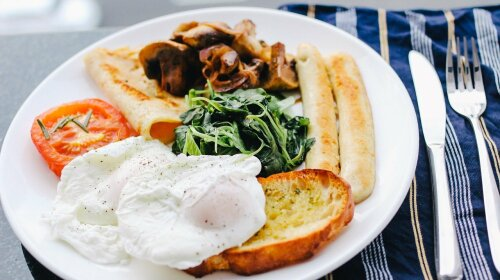 Медики назвали идеальный завтрак для снижения давления