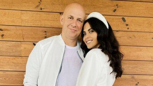 Идеальная пара: Настя Каменских и Потап восхитили романтичными нарядами в годовщину свадьбы - от такой красоты невозможно оторвать взгляд