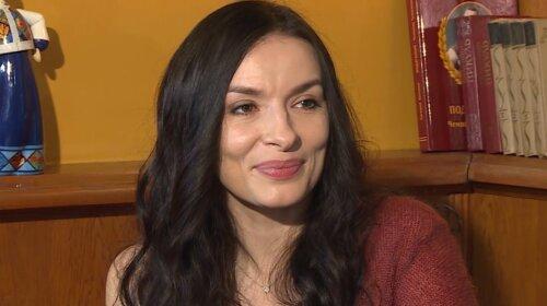 С морщинами и синяками под глазами: 39-летняя Надежда Мейхер обескуражила внешностью – недосыпает и много репетирует (фото)