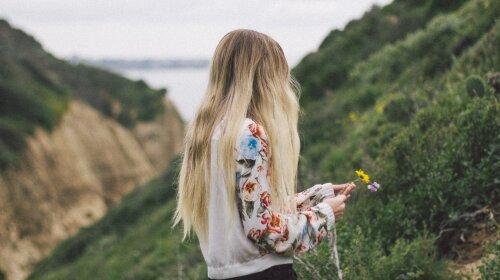 «Четвертий день шукають»: на Харківщині загадково зникла дівчинка-підліток: особливі прикмети, фото