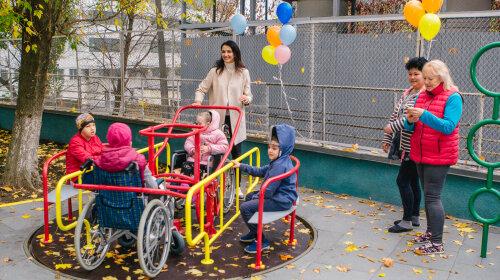 Валентина Хамайко та Олександра Лобода відкрили вуличний майданчик для Школи Супергероїв в лікарні ОХМАТДИТ