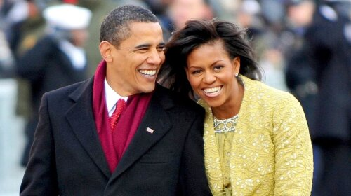 Как дети: Барак Обама очаровал Сеть милыми фотографиями с женой