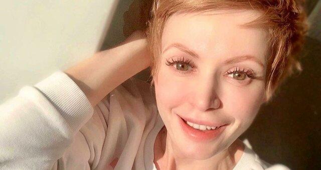 Елена-Кристина Лебедь опубликовала фото с неизвестным мужчиной