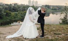 Школьная администрация устроила свадьбу для пятилетних детей (ФОТО)