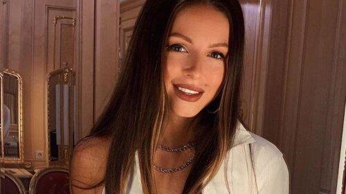 На Бузову похожа: певица Нюша слишком переборщила с макияжем, как будто другое лицо (ФОТО)