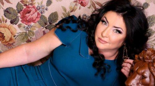 Похудела и обрезала волосы: скандальная Лолита Милявская поразила изменениями во внешности