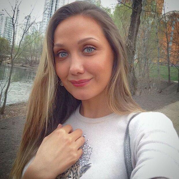 Евгения Власова вернулась в соцсети после длительного молчания: что случилось с артисткой - фото