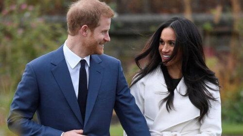 Не хотят жить на деньги семьи: Как королева Елизавета II отреагировала на заявление Меган Маркл и Принца Гарри