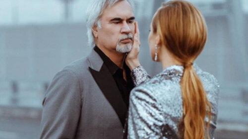 Чтобы любовницы зарыдали: Альбина Джанабаева показала любовь с Меладзе на домашнем концерте (ФОТО)