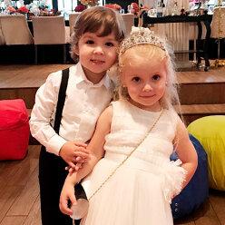 Галкиным - 6 лет: двойняшки Гарри и Лиза празднуют день рождения