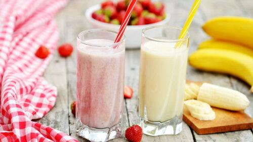 Обов'язково збережи собі: молочні коктейлі в домашніх умовах: з морозивом, фруктами, горіхами і печивом (ФОТО)