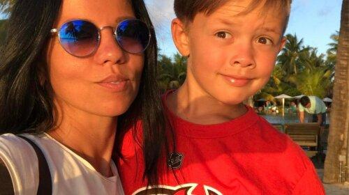Носить маму на руках: екс-дружина Потапа Ірина Горова поділилася зворушливим фото з сином