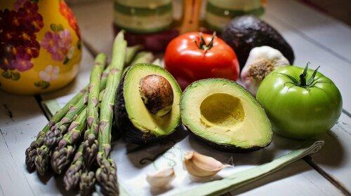 """Побережи """"мотор"""": медики назвали овоч, який захистить від смертельних порушень серця"""