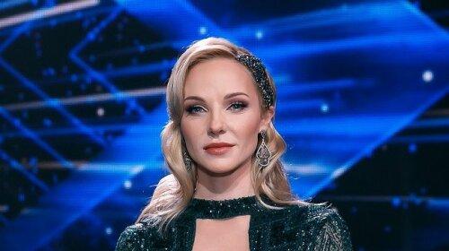 """""""Самый сок!"""": ведущая Х-Фактора Даша Трегубова отмечает 40-й день рождения"""