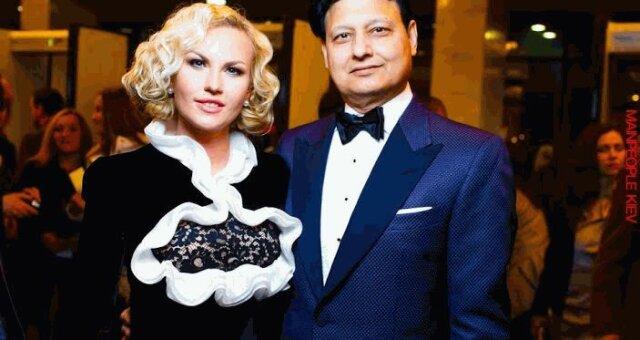 Камалия Захур, певица, муж, подарки