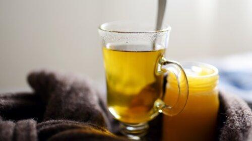 Мед + гарячий чай = отрута?