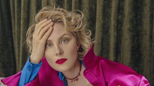 В моду вернулась эффектная женская стрижка бродячий боб в стиле 20-х годов (фото)
