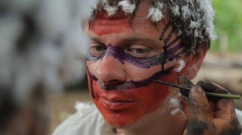 Первісні ритуали та український кисіль в амазонських джунглях: Дмитро Комаров продовжує експедицію в племена Яном