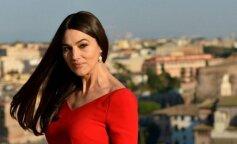 Веет молодостью: Моника Белуччи восхитила поклонников стильным образом (ФОТО)
