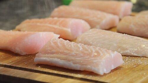 Вкусное и быстрое блюдо из рыбы в духовке