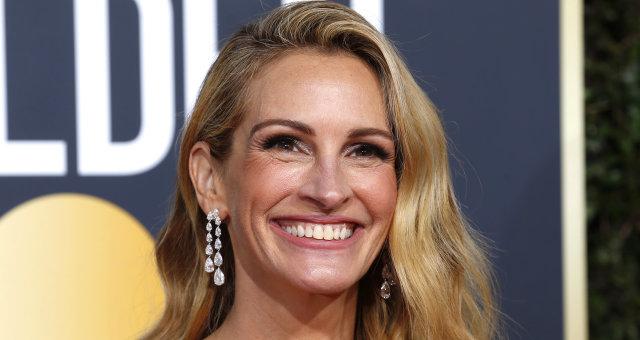 Image: 76th Golden Globe Awards — Arrivals — Beverly Hills, California, U.S.