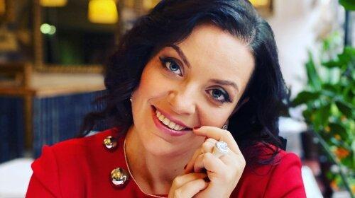 37-річна Наталія Холоденко показала своє обличчя поблизу: як на самому делі виглядає психолог після схуднення