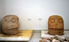 mexico-archaeology-xipe_totec-the_flayed_lord-175302