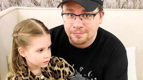 """""""Дочка про це не знає"""": Гарік Харламов боїться зізнатися дитині в розлученні з Христиною Асмус"""