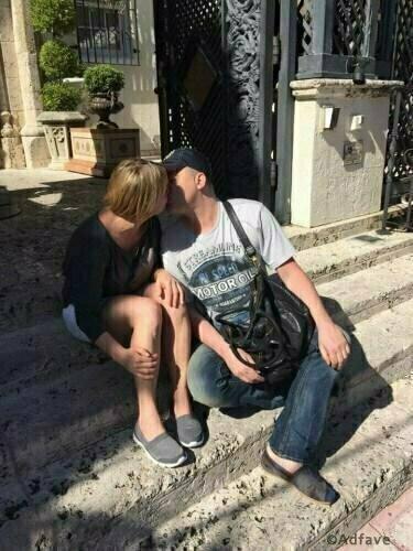Он не одинок: в Сеть попало фото тайной девушки Андрея Данилко