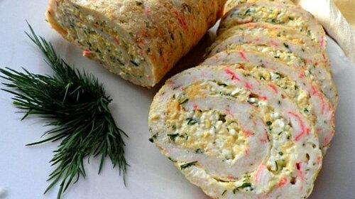Рулет с самой вкусной начинкой: крабовые палочки + яйца + сыр – все как мы любим