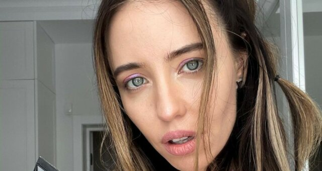 Надя Дорофеева, певица, без макияжа и фильтров