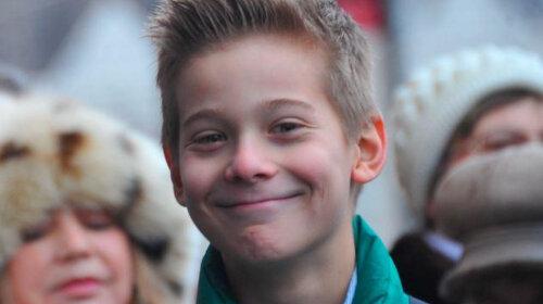 Мальчик-красавчик: сын Кончаловского и  Высоцкой произвел фурор появлением в свете — каким он стал сейчас