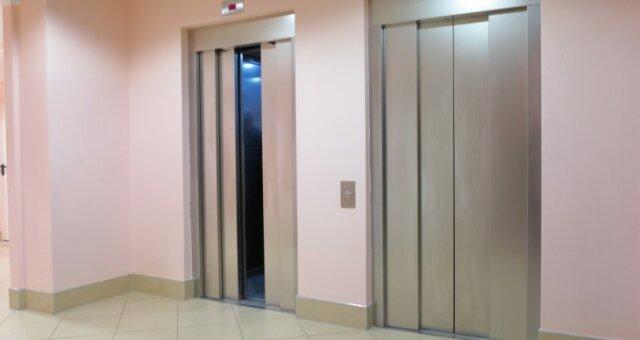 Неисправный лифт стал причиной смерти 2-месячного младенца