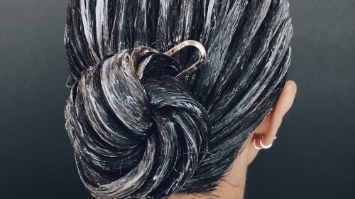 Поки сидиш на карантині: як пофарбувати волосся самої вдома