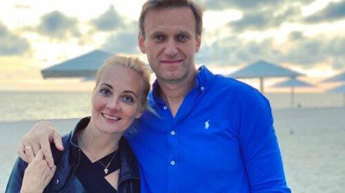 Олексій Навальний у комі: дружину отруєного політика не пускали в палату - в чому підозрюють жінку?