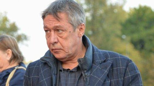 Смертельное ДТП: на могиле Сергея Захарова появился венок от Михаила Ефремова  – замаливает грехи
