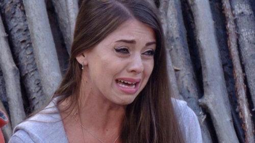 Беременная звезда «Дома-2» Алена Рапунцель разрыдалась в истерике: «Нас здесь держат насильно»
